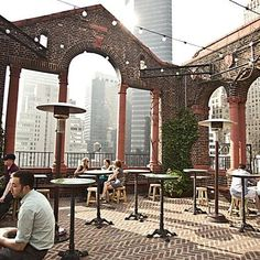 Pod 39 Rooftop- list of best rooftop bars