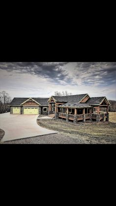 Future cabin in the woods? Cabin Homes, Log Homes, House With Porch, My House, H & M Home, House Layouts, House Goals, Next At Home, The Ranch