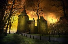 A Dream of Wales Coch Castel | March 2014 |