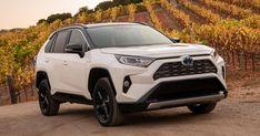 2021 Toyota RAV4 Hybrid adds XLE Premium trim bringing more comforts to the masses - Roadshow Toyota Hilux, Toyota Tundra, Toyota Hiace Campervan, Toyota Rav4 2019, Toyota Corolla Hatchback, Toyota Tacoma 4x4, Toyota Vios, Toyota Rav4 Hybrid, 2019 Rav4