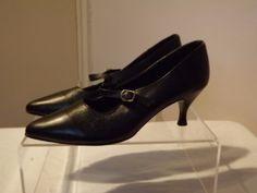Vintage-60s-70s-BIBA-Original-Black-Leather-Pointy-Mary-Jane-Flapper-Shoes-4