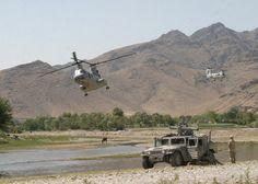 CH-46E Sea Knights