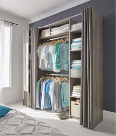An all-in-one dressing room consisting of a multiple storage mirror to store all of your clothes in the room. Practical and ultra design this dressing Castorama! Diy Dressing, Dressing Pas Cher, Small Dressing Rooms, Bedroom Wardrobe, Wardrobe Closet, Closet Bedroom, Bedroom Storage, Wardrobe Organisation, Closet Organization