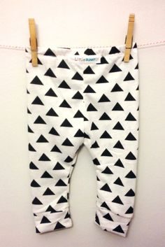 Baby leggings geometric triangle toddler by thelittlebunnystore, $14.00