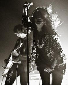 Alison Mosshart and Jack White = The Dead Weather Jack White, White White, Alison Mosshart, Stoner Rock, New Wave, Lynyrd Skynyrd, Judas Priest, Thomas Brodie Sangster, Dead Weather