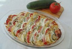 Burgonyával rakott cukkini Vegetable Recipes, Vegetarian Recipes, Cooking Recipes, Healthy Recipes, Zucchini, My Favorite Food, Favorite Recipes, Cooking For Dummies, Hungarian Recipes
