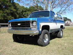 Chevrolet Blazer K5 1979 Chevy Pickup Trucks, Classic Chevy Trucks, Gm Trucks, Chevy Pickups, Chevrolet Trucks, Lifted Trucks, Chevy Blazer K5, K5 Blazer, Broncos