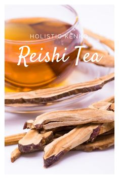 Reishi is a mushroom that is a medicinal superfood as well as an antioxidant. It is a potent adaptogen and immunomodulator with uses in cancer treatment. Health Benefits Of Mushrooms, Mushroom Tea, Mushroom Cultivation, Mushroom Recipes, Kakao, Herbal Remedies, Health Remedies, Healthy Drinks, Apothecary