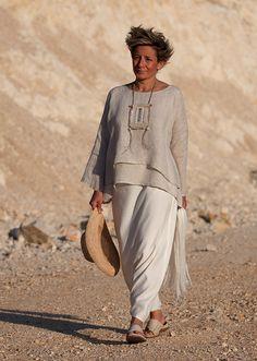 Loose fit top Séléné: layered linen gauze natural color.  Mixed linen sarouel skirt cream color  Textile necklace  AMALTHEE CREATIONS