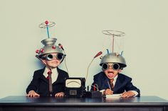 Smart bosses hire people even smarter. Of course, then they have to manage them. Here is how an expert manager manages a bunch of brainiacs.