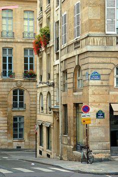 Saint Germain des Prés Quarter, Place de l'Odeon, Paris VI