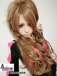 Gyaru wavy hair