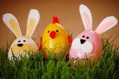 How to use felt to make Easter egg animals. A fun Easter activity. Found via TipJunkie.com