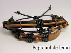 Handmade Bracelet Charm 3 :: Papionul de lemn