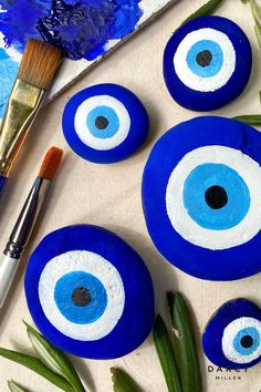 Small Canvas Art, Mini Canvas Art, Diy Canvas, Rock Crafts, Clay Crafts, Arts And Crafts, Evil Eye Art, Hippie Painting, Clay Art Projects