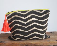 ~ proud mary zig zag noir large pouch