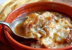 I recently went to Santa Barbara and had lunch with my mother and daughter at a lovely little French restaurant on State Street. I ordered the French Onion Soup, which I haven't had or made i… (healthy crockpot soup recipes french onion) Chef Recipes, Grilling Recipes, Crockpot Recipes, Soup Recipes, Cooking Recipes, Yummy Recipes, Cooking Tips, Cheap Clean Eating, Clean Eating Snacks