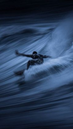 Surfing in the night