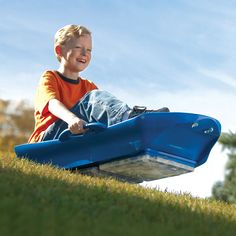 The Year 'Round Sled - Hammacher Schlemmer: this is a cool idea for a birthday gift for those who live on top of a big hill.I soo wanna get this for Caleb! Ice Sled, Snow Sled, Hammacher Schlemmer, Thing 1, Outdoor Fun, Outdoor Gear, Cool Gadgets, Summer Fun, Summer Snow