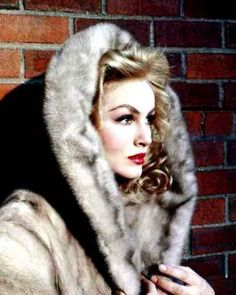 Julie Newmar (born August 16, 1933) is an American actress, dancer and singer. Known for a variety of stage, screen, and television roles, she is perhaps best known for playing Catwoman in the 1960's Batman television series.