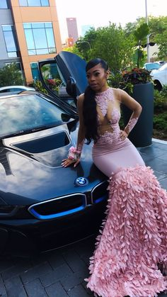 This car fah prom. Black Girl Prom Dresses, Cute Prom Dresses, Prom Outfits, Black Prom, Pretty Dresses, Homecoming Dresses, Beautiful Dresses, Prom Couples, Prom Goals