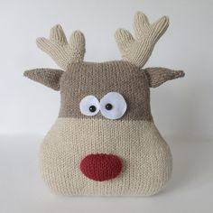 Ravelry: Reindeer Cushion pattern by Amanda Berry