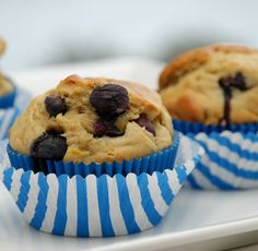Check out this updated Better Batter recipe! These soft, flavorful muffins get their sweetness from very ripe bananas and fresh blueberries - no extra sugar added! Want a vegan alternative? Look in the directions for how to substitute flaxseed for eggs. Banana Blueberry Muffins, Healthy Banana Muffins, Blue Berry Muffins, Gluten Free Breakfasts, Gluten Free Desserts, Gluten Free Recipes, Baking Recipes, Gluten Free Quick Bread, Gluten Free Flour