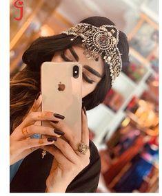 Lovely Girl Image, Cute Girl Photo, Girls Image, Stylish Girls Photos, Stylish Girl Pic, Girl Photos, Afghan Girl, Cute Girl Poses, Afghan Dresses