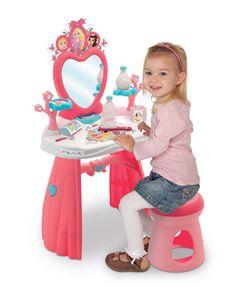 #Smoby kozmetický stolík pre deti s obľúbeným motívom rozprávky Princezné je nádherná hračka pre všetky dievčatká od 3 rokov, ktoré milujú rozprávky od #Disney Child Love, Chair, Children, Disney, Home Decor, Kids, Homemade Home Decor, Interior Design, Home Interiors