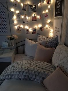 love the lights + pictures on the wall! follow emmanj2019 on pinterest for more!