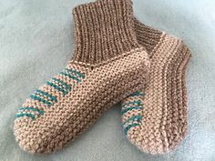These slippers were so easy to make and so quick to knit up. I think this is going to be my go-to pattern for slippers from now on. Look What I Made, Winter Is Coming, Slippers, Knitting, Pattern, Image, Fashion, Simple Crafts, Moda