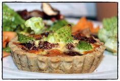 brotbackliebeundmehr - Foodblog - Pilz-Nuss-Tarte mit Romanesco