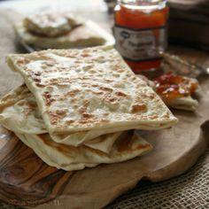 Naan, Tortillas, Moroccan Flat Bread, Pastry Recipes, Cooking Recipes, Vegetarian Recipes, Crepes, Morrocan Food, Best Homemade Bread Recipe