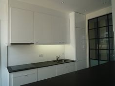 Minimalist Bespoke Kitchen In Pigmented Lacquer Flamed Zimbabwe