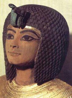 Ankhesenamon tercera hija de Akhenaton y Nefertiti.