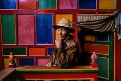 Steve McCurry . A Pilgrim in Drango Monastery, Tibet, 1999