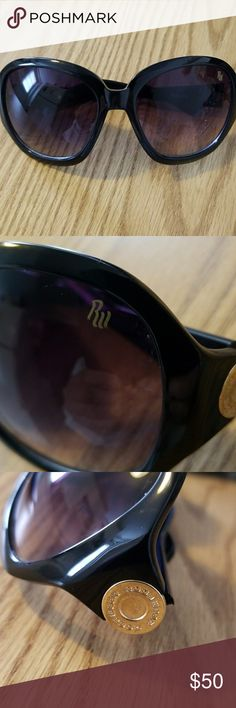 8c4a7d4d3a Rocawear Oversized sunglasses in great condition. Rocawear Accessories  Sunglasses Oversized Sunglasses