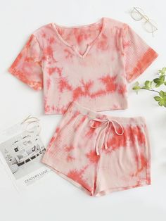 Cute Lazy Outfits, Swag Outfits For Girls, Girls Fashion Clothes, Teen Fashion Outfits, Girl Outfits, Loungewear Outfits, Pajama Outfits, Tie Dye Outfits, Cute Pajama Sets