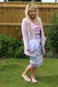 Fashion blogger Hannah in a pastel summer outfit including #ShoeZone's cut out ballerinas Style Code: 11689 #fashion #style #summer #ballerinas #blogger #fashionblogger