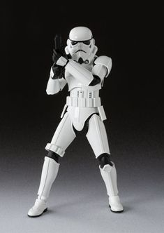 Official Photos of S.H. Figuarts Stormtrooper