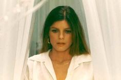 the legacy katherine ross Katherine Ross, Audrey Hepburn, Sam Elliott, 70s Style, Showgirls, Woman Crush, 70s Fashion, Vintage Photography, Beautiful Ladies