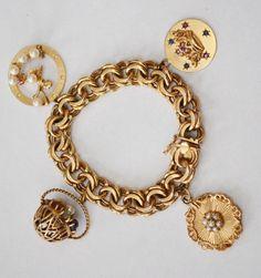 A Wonderful Classic Gold Charm Bracelet - Jan 2017 Old Jewelry, Metal Jewelry, Charm Jewelry, Custom Jewelry, Vintage Jewelry, Jewellery, Silver Engagement Rings, Ring Engagement, Silver Rings