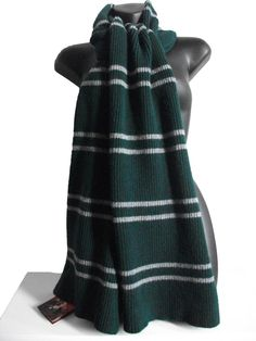OFFICIAL WARNER BROS. HARRY POTTER SLYTHERIN SCARF: Licensed Accessories : Lochaven International Ltd