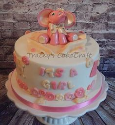 'Cute as a Button' Baby shower cake <3