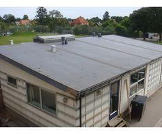 Pavillon, på 209 kvadratmeter, 14,5m x 14,5m med 200 mm vægge. 300.000 kr. Store rum og 2 toiletter