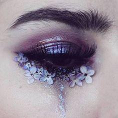 fancy eye make-up – … – makeup products Eye Makeup Glitter, Eye Makeup Art, Eye Art, Cute Makeup, Pretty Makeup, Purple Makeup, Eyeshadow Makeup, Men Makeup, Sleek Makeup