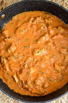 Low Syn Creamy Chicken and Tomatoes - perfect with a variety of sides and a dish that will be loved by the whole family.