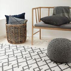 "Hübsch interior Sitzbank ""Ansen"" Eiche Interior Inspiration, Style Inspiration, House Entrance, House Doctor, Pin Collection, Basket, Throw Pillows, Chair, Bed"
