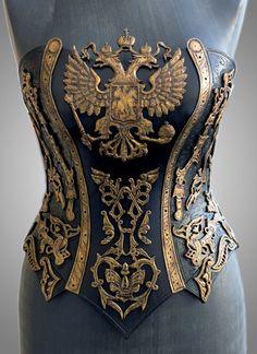 """""""アンドリュー・カナウノフ(Andrew Kanounov)による「インペリアル」。ロシアのファッションデザイナー。鎧のような革製の女性用の衣装を制作しています。優雅なコルセットを手がけました。モスクワを拠点にして活動しています。 https://t.co/GRxVk7umAV"""""""