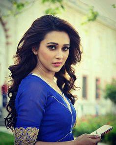 Indian Actress Hot Pics, Beautiful Indian Actress, Beautiful Actresses, Beauty Full Girl, Beauty Women, Hot Actresses, Indian Actresses, Beautiful Gorgeous, Beautiful Saree